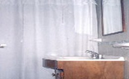 Complejo-Rayquen-Las-Grutas-Duplex-6-pax-baño