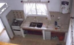 Complejo-Rayquen-Las-Grutas-Duplex-6-pax-cocina