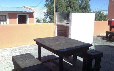 Complejo-Rayquen-Las-Grutas-Duplex-6-pax-terraza